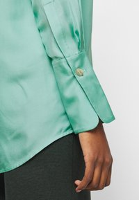 Victoria Victoria Beckham - BUTTON DETAIL - Blouse - spearmint green - 8