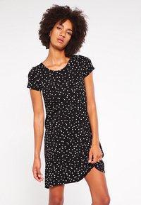 ONLY - BERA  - Žerzejové šaty - black - 0