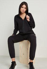 Tezenis - Zip-up sweatshirt - nero - 3