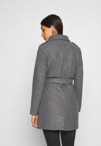 ONLY - ONLSANSA COAT - Krátký kabát - dark grey melange - 2