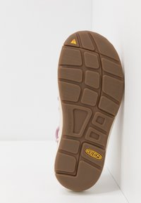 Keen - UNEEK - Walking sandals - birch/dawn pink - 4