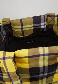 Monki - RAKEL UNIQUE - Torba na zakupy - yellow - 4
