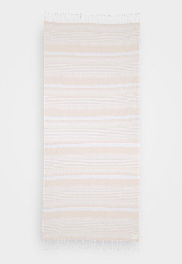 FRINGE BENEFITS TURKISH TOWEL SET - Toalla de playa - pink/sand