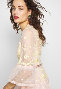 Needle & Thread - PENNYFLOWER DRESS - Cocktail dress / Party dress - pink - 3