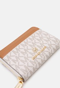 MICHAEL Michael Kors - JET SET CHARM COIN CARD CASE - Geldbörse - vanilla - 5