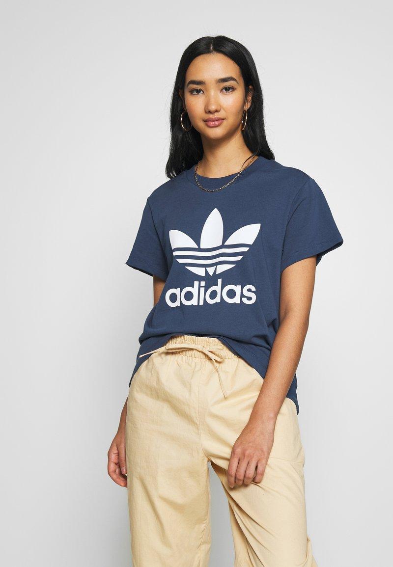 adidas Originals - Camiseta estampada - night marine/white
