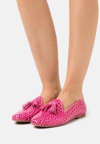 WONDERS - Loafers - fianchi/pink - 0