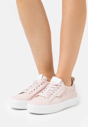 UP - Baskets basses - baby rose/bianco