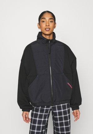 REVERSIBLE REMIXED MATERIAL JACKET - Light jacket - black