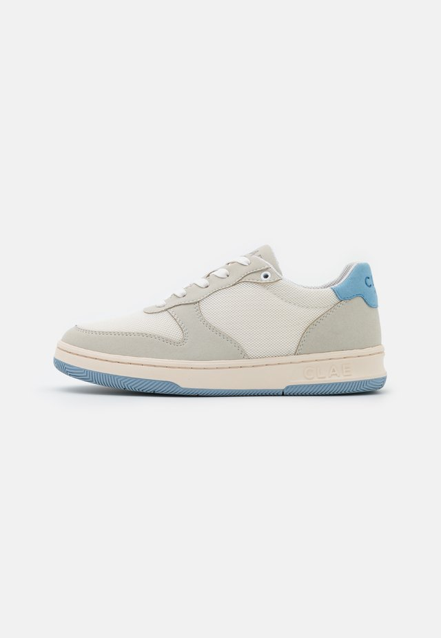 VEGAN MALONE - Sneakers basse - white/blue/fog