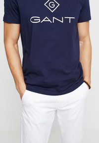 GANT - LOCK UP  - T-shirt con stampa - evening blue - 5