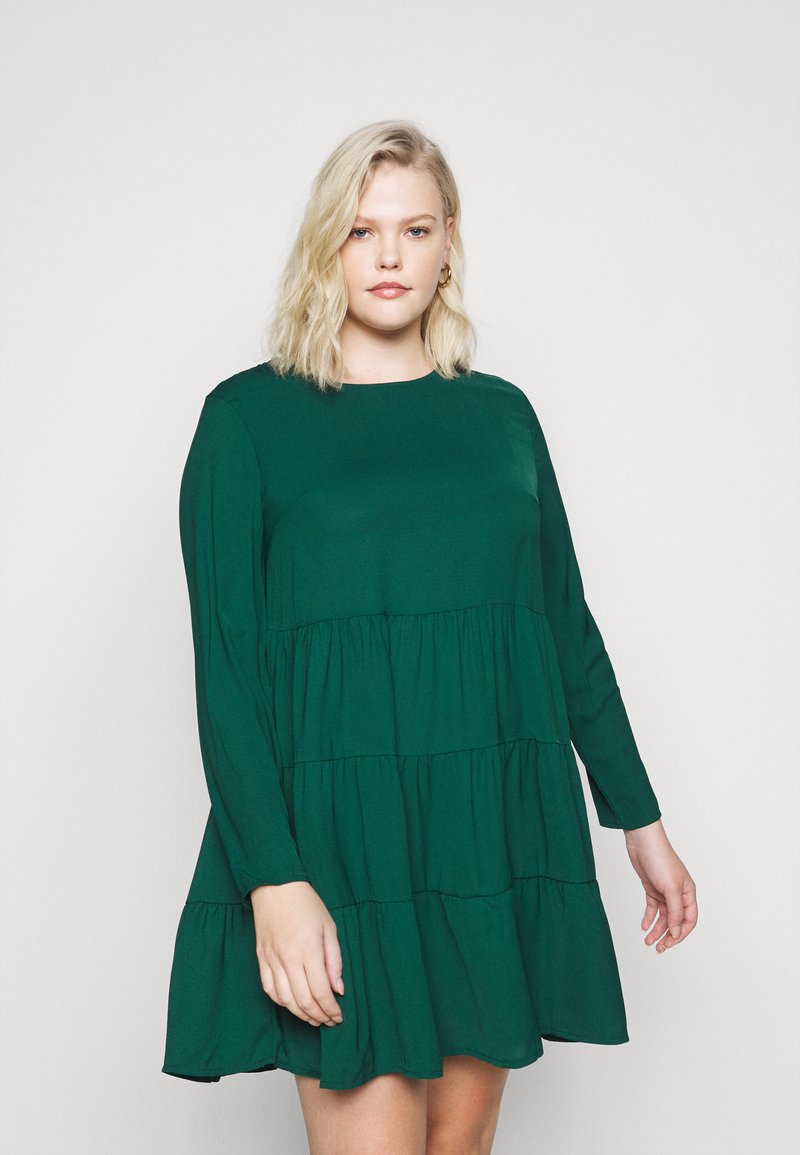 Missguided Plus - TIERED SMOCK DRESS - Day dress - green