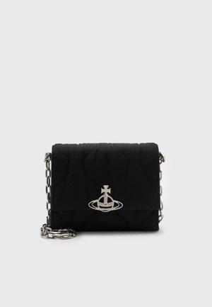 CAMPER SMALL CROSSBODY - Across body bag - black