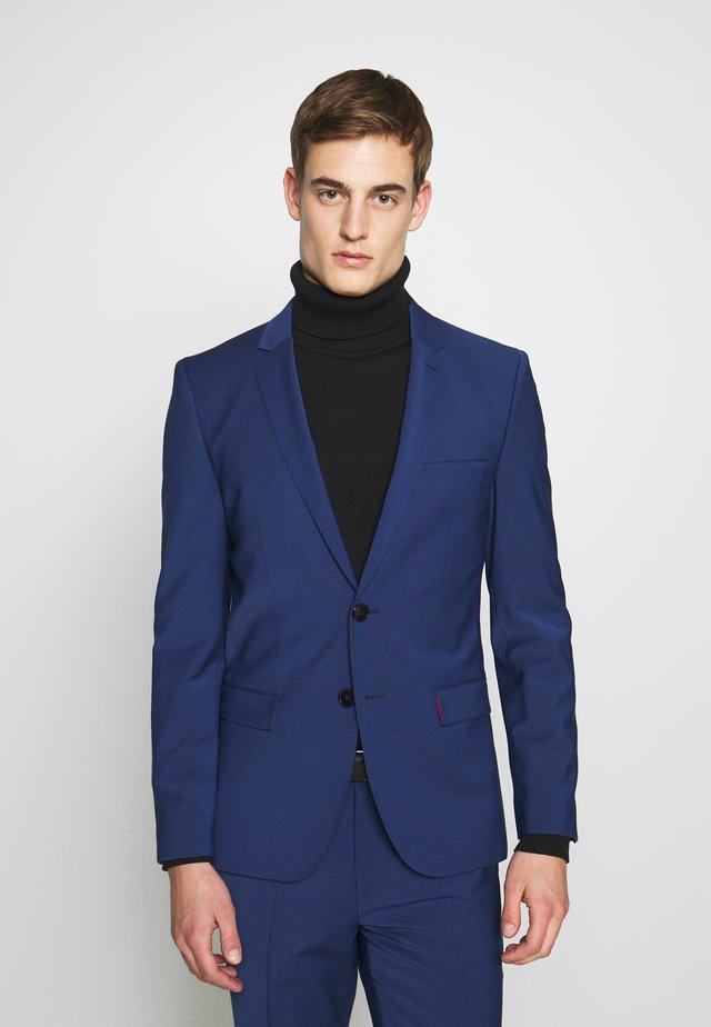 ARTI HESTEN - Suit - open blue