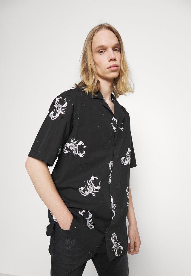 WONDERLAND SHIRT - Camisa - black