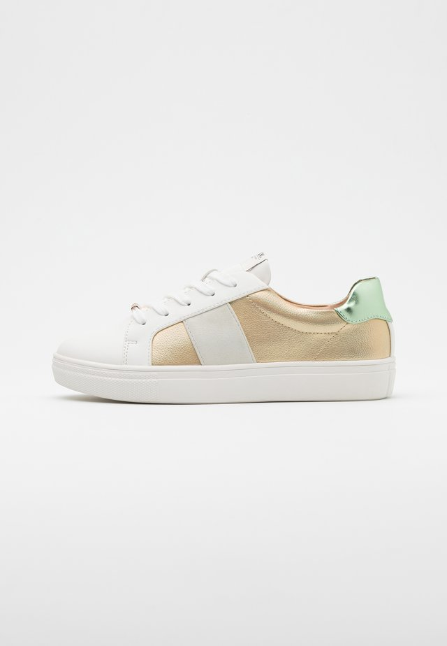 ONLSAGE - Baskets basses - mint/gold