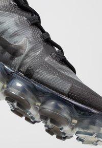 Nike Sportswear - AIR VAPORMAX 2019 - Sneaker low - black - 2