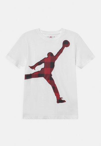 CHECK JUMPMAN TEE - T-shirt med print - white