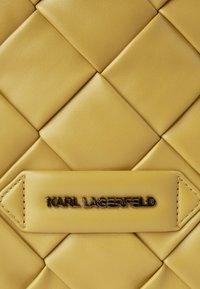KARL LAGERFELD - Velká kabelka -  ochre - 3