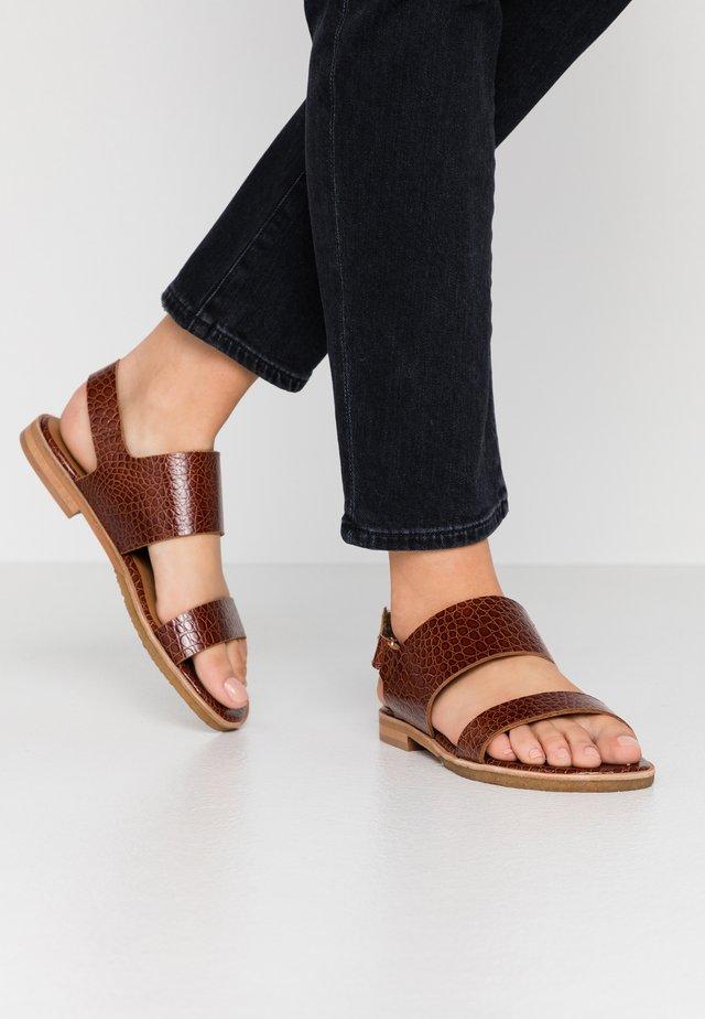 Sandals - cognac/yango