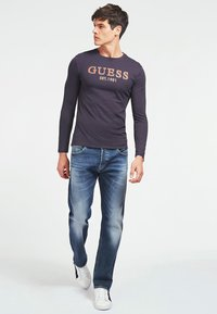 Guess - BRAKE - Long sleeved top - mehrfarbig, grundton blau - 1