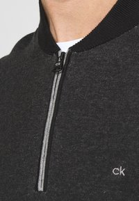 Calvin Klein - BASEBALL ZIP - Stickad tröja - black - 5