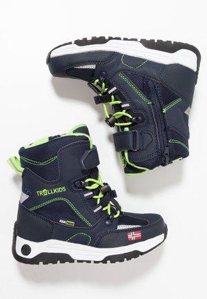 KIDS LOFOTEN WINTER BOOTS XT - Bottes de neige - navy/viper green
