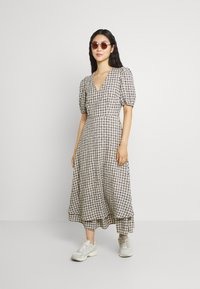 YAS - YASSTORIA LONG DRESS - Maxiklänning - eggnog - 1