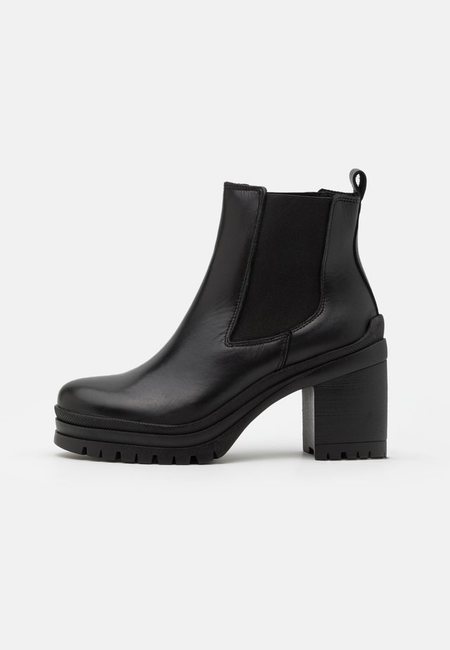 YASTIPO BOOTS - Plateaustiefelette - black