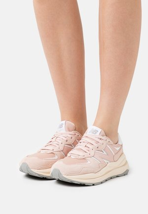 W5740 - Baskets basses - light pink