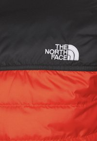 The North Face - MID LAYER - Ski jacket - fiery red/black - 2