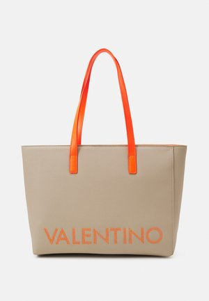PORTIA - Bolso shopping - ecru/aranc fluo