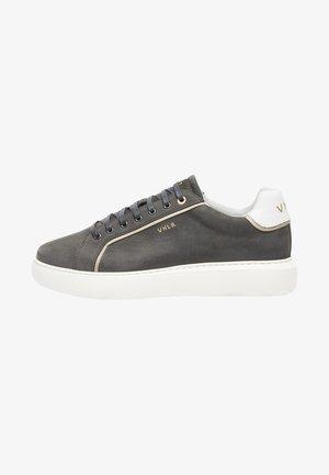 VITO - Sneakers laag - grau