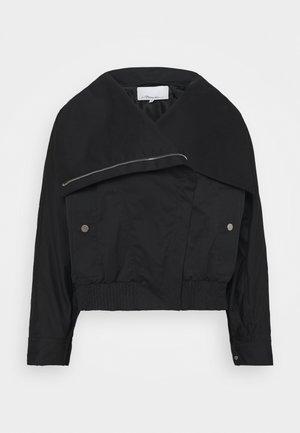 JACKET WITH EXAGGERATED COLLAR - Lehká bunda - black