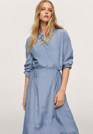 RAIN - Robe chemise - blå