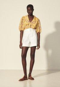 sandro - Shorts - blanc - 0