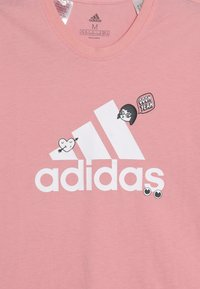 adidas Performance - BADGES ATHLETICS SHORT SLEEVE GRAPHIC TEE - T-shirt print - pink - 3