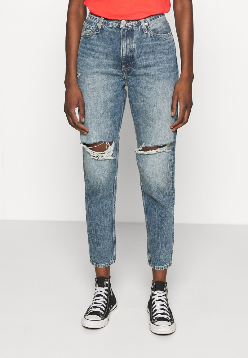 Calvin Klein Jeans - MOM - Relaxed fit jeans - denim medium