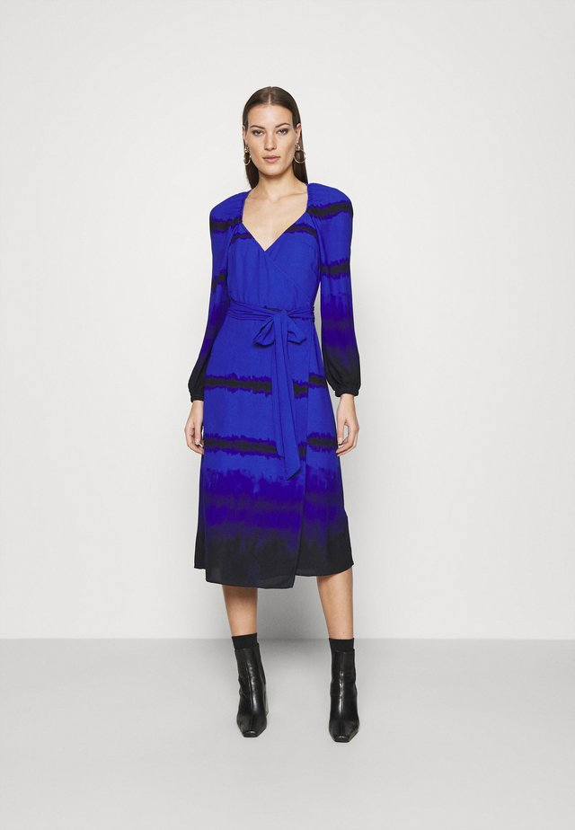 WRAP DRESS - Korte jurk - blue