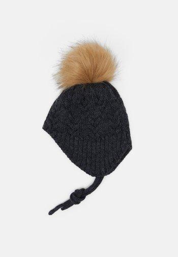 NBMWRILLA HAT