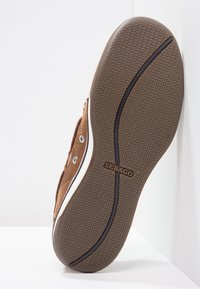 Sebago - TRITON - Boat shoes - walnut - 4