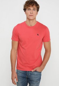 Abercrombie & Fitch - 3 PACK - Basic T-shirt - red - 1