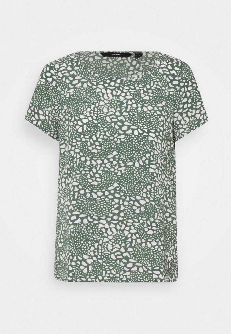 Vero Moda Tall - VMSAGA - Basic T-shirt - laurel wreath/danna