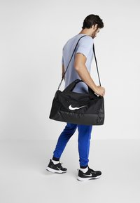 Nike Performance - DUFF 9.0 - Torba sportowa - black/white - 1