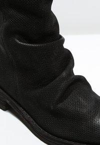 Felmini - GREDO - Classic ankle boots - black - 6