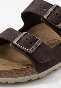 Birkenstock - ARIZONA - Pantuflas - steer soft brown - 5