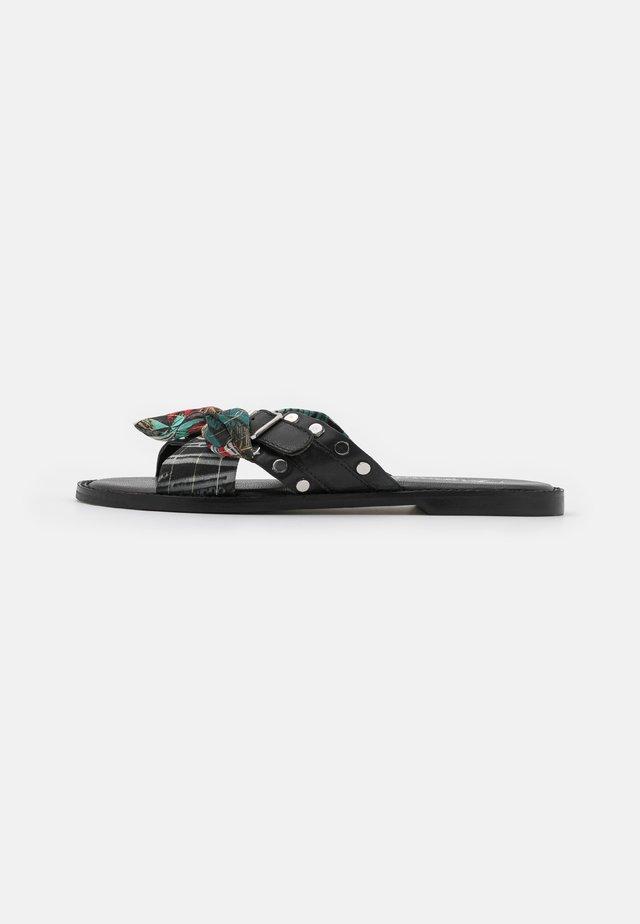 EMILI - Slip-ins - noir/multicolor