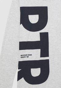 Retour Jeans - DENNIS - Long sleeved top - cool grey melange - 2