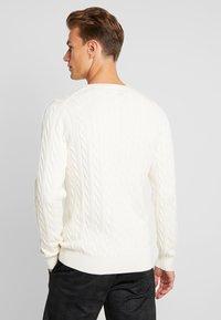 GANT - CABLE CREW - Stickad tröja - cream - 2