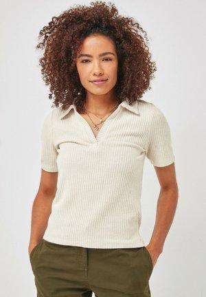 SHORT SLEEVE - Polo shirt - light brown